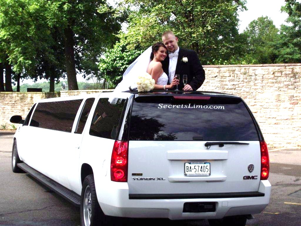 Quinceañera is a Key Year-Round Business Opportunity for Limousine Companies