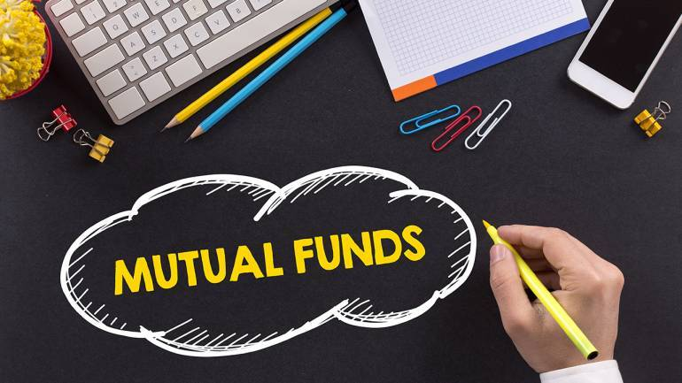 5 Reasons Why You Should Invest in Income Funds This Year